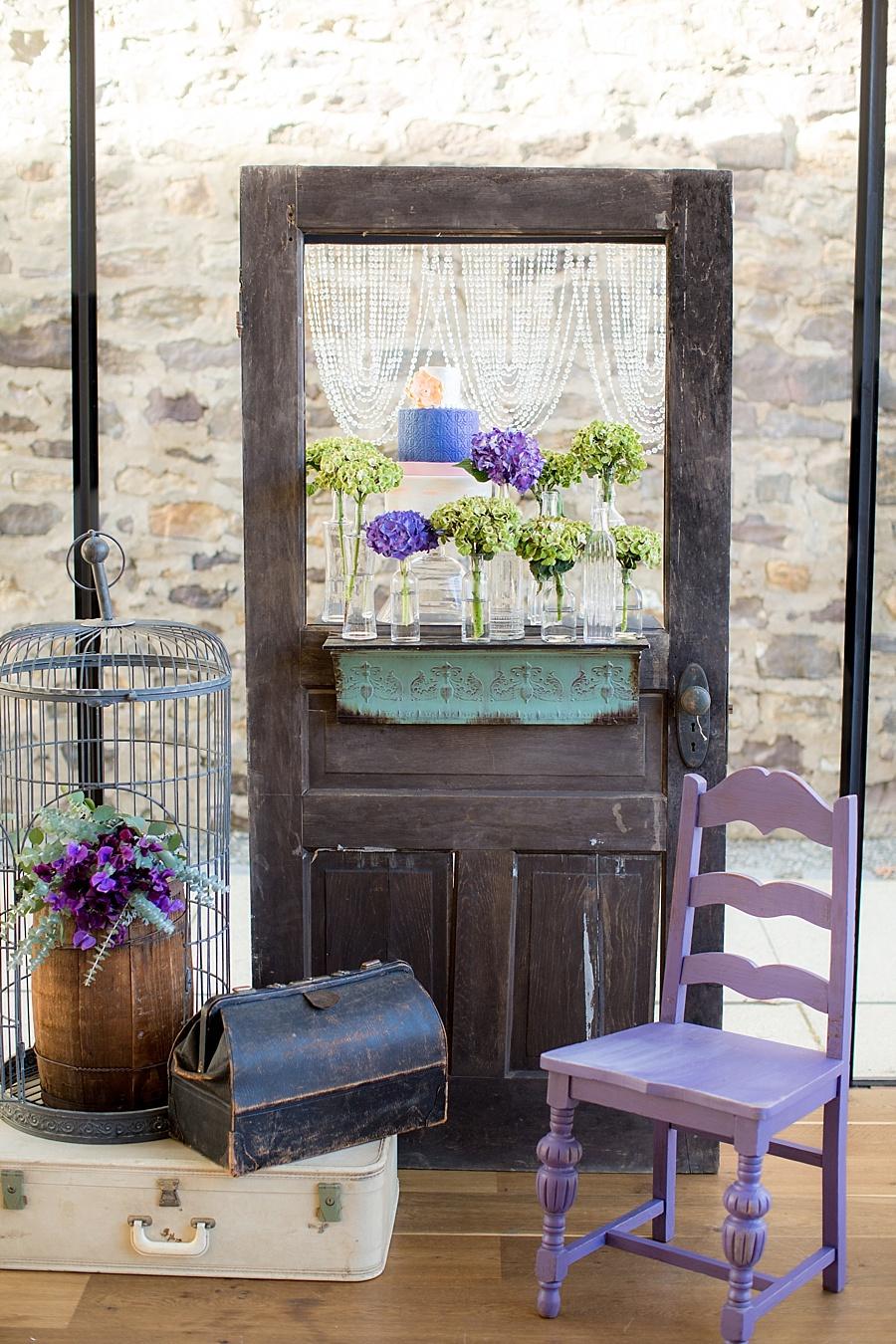 Vanessa_Joy_Photography_Details_of_I_do_Jean_Ralph_Thurin_Wedding_Gowns_April_Lynn_Designs_Wedding_Stationery17