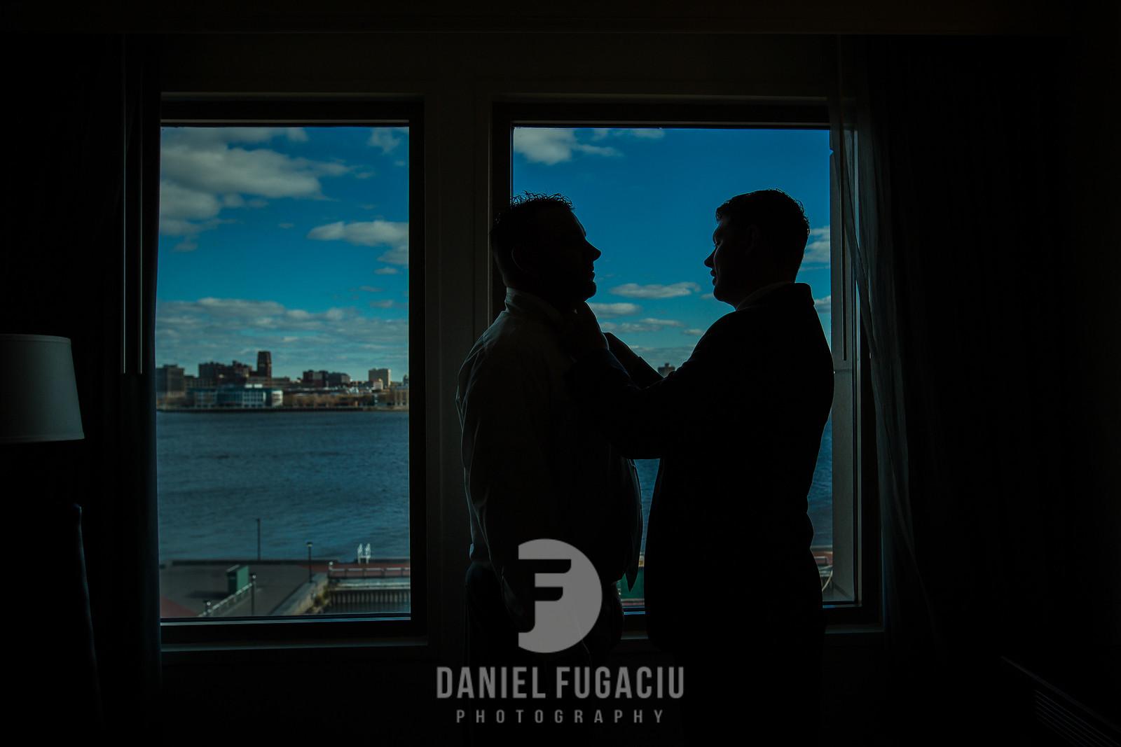 Daniel_Fugaciu_Photography_Liz_Rob_Real_Weddding_April_Lynn_Designs_The_Merion_New_Jersey_Brugundy_Gold_Wedding8