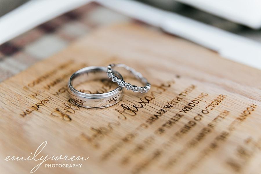 Emily_Wren_Photography_April_Lynn_Designs_Ash_Mill_Farm_Jill_John_October_Rustic_Wedding_Flannel_Farm_Sheep_Holicong_New_Hope009
