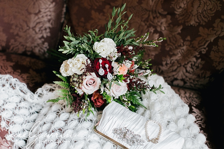 Emily_Wren_Photography_April_Lynn_Designs_Ash_Mill_Farm_Jill_John_October_Rustic_Wedding_Flannel_Farm_Sheep_Holicong_New_Hope017