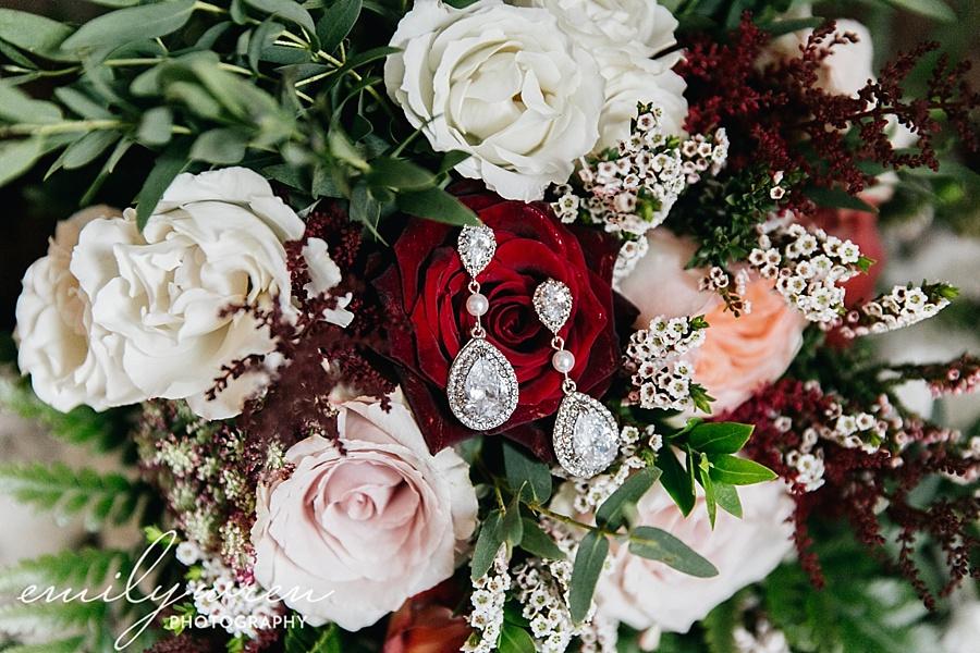 Emily_Wren_Photography_April_Lynn_Designs_Ash_Mill_Farm_Jill_John_October_Rustic_Wedding_Flannel_Farm_Sheep_Holicong_New_Hope018