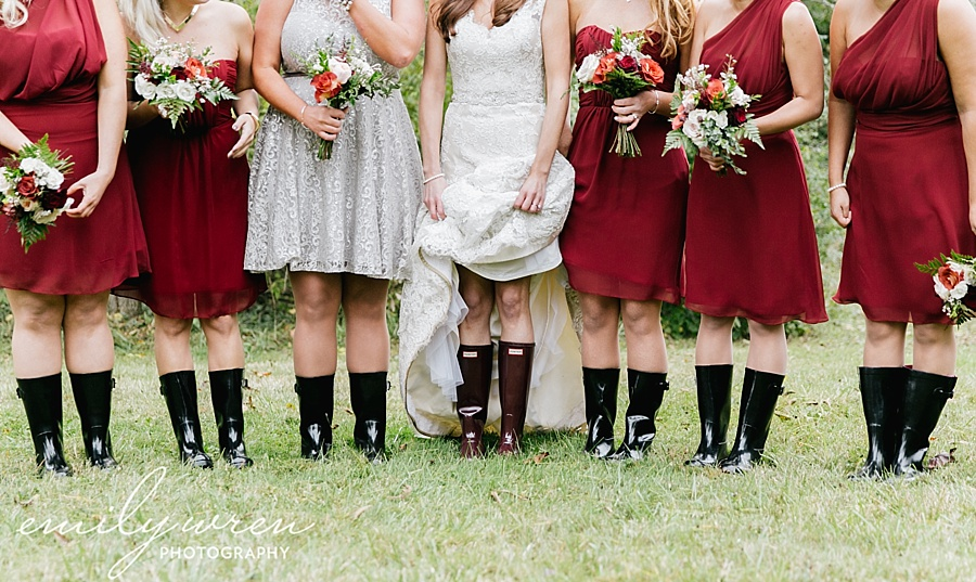 Emily_Wren_Photography_April_Lynn_Designs_Ash_Mill_Farm_Jill_John_October_Rustic_Wedding_Flannel_Farm_Sheep_Holicong_New_Hope089