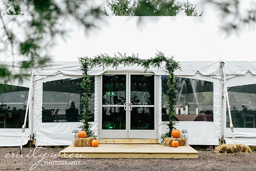 Emily_Wren_Photography_April_Lynn_Designs_Ash_Mill_Farm_Jill_John_October_Rustic_Wedding_Flannel_Farm_Sheep_Holicong_New_Hope121