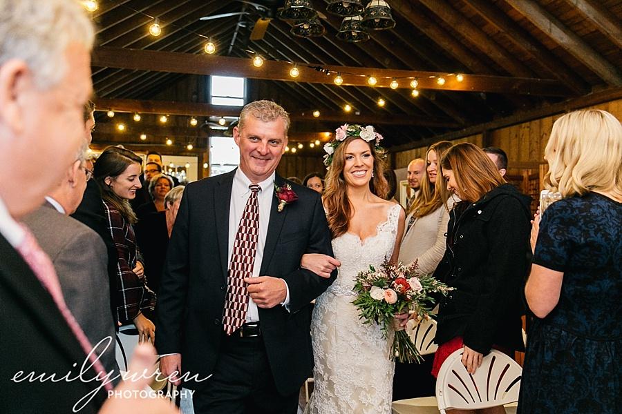 Emily_Wren_Photography_April_Lynn_Designs_Ash_Mill_Farm_Jill_John_October_Rustic_Wedding_Flannel_Farm_Sheep_Holicong_New_Hope134