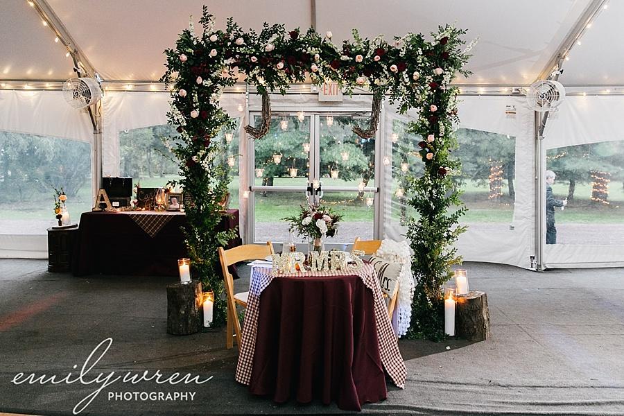 Emily_Wren_Photography_April_Lynn_Designs_Ash_Mill_Farm_Jill_John_October_Rustic_Wedding_Flannel_Farm_Sheep_Holicong_New_Hope200