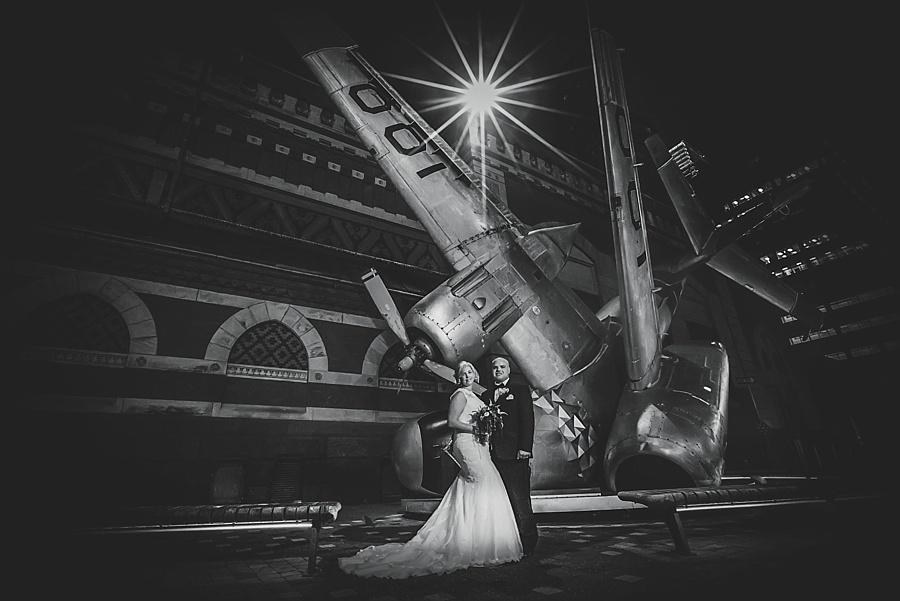 Karmapants_Photography_April_Lynn_Designs_Ballroom_at_the_Ben_Finley_Catering_Luxe_Elegant_Wedding_Art_Deco_Gatsby_Gold_Black_Bridal_Portraits_Formal-151
