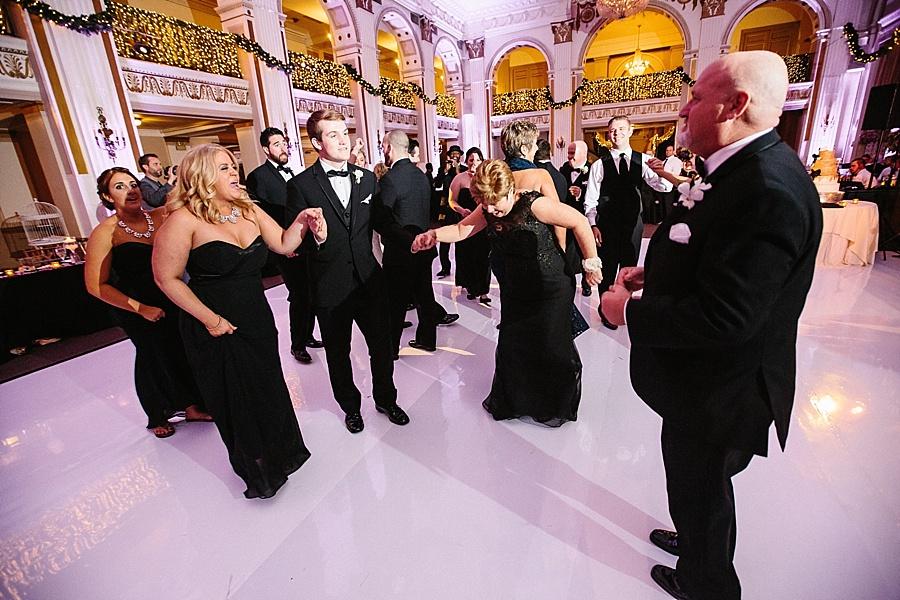 Karmapants_Photography_April_Lynn_Designs_Ballroom_at_the_Ben_Finley_Catering_Luxe_Elegant_Wedding_Art_Deco_Gatsby_Gold_Black_Philadelphia_Reception-379