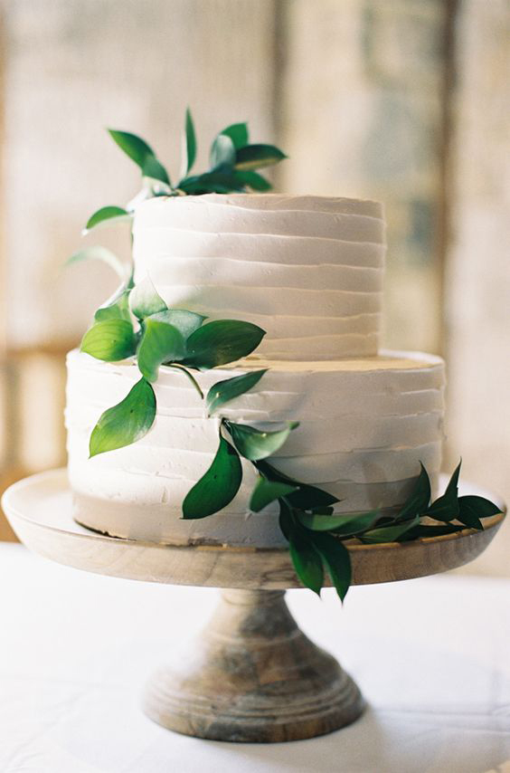 April_Lynn_Designs_Romantic_Greenery_Wedding_Inspiration_4