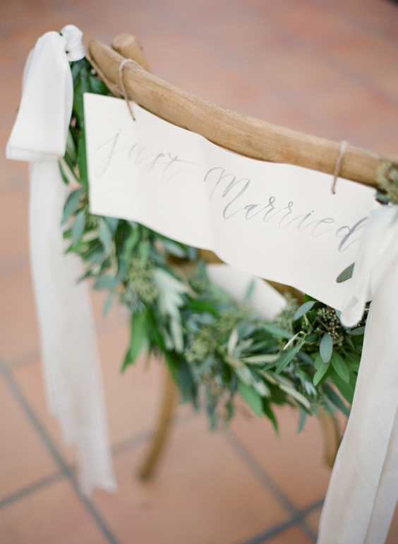 April_Lynn_Designs_Romantic_Greenery_Wedding_Inspiration_5