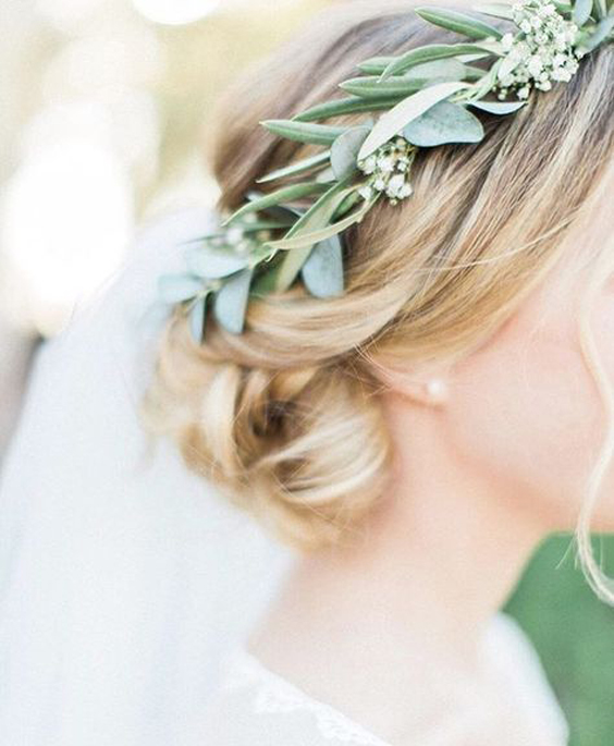 April_Lynn_Designs_Romantic_Greenery_Wedding_Inspiration_8