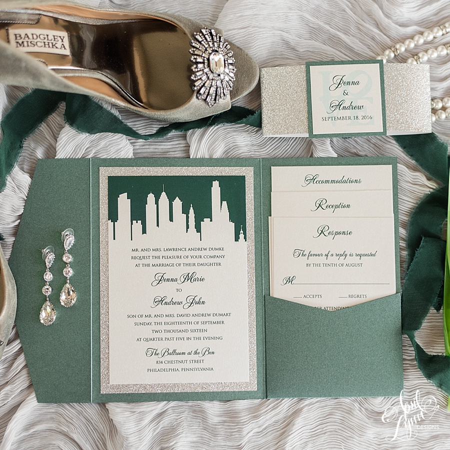 Traditional Wedding Invitation by April Lynn Designs | www..aprillynndesigns.com