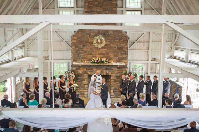 Erica and Anthony's Ashford Estate wedding with stationery by April Lynn Designs | www.aprillynndesigns.com