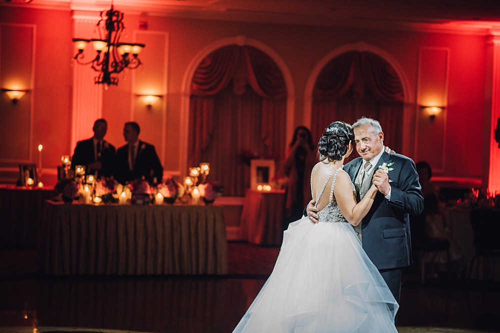 Pink and Silver Wedding at The Merion Skylight Ballroom | www.aprillynndesigns.com