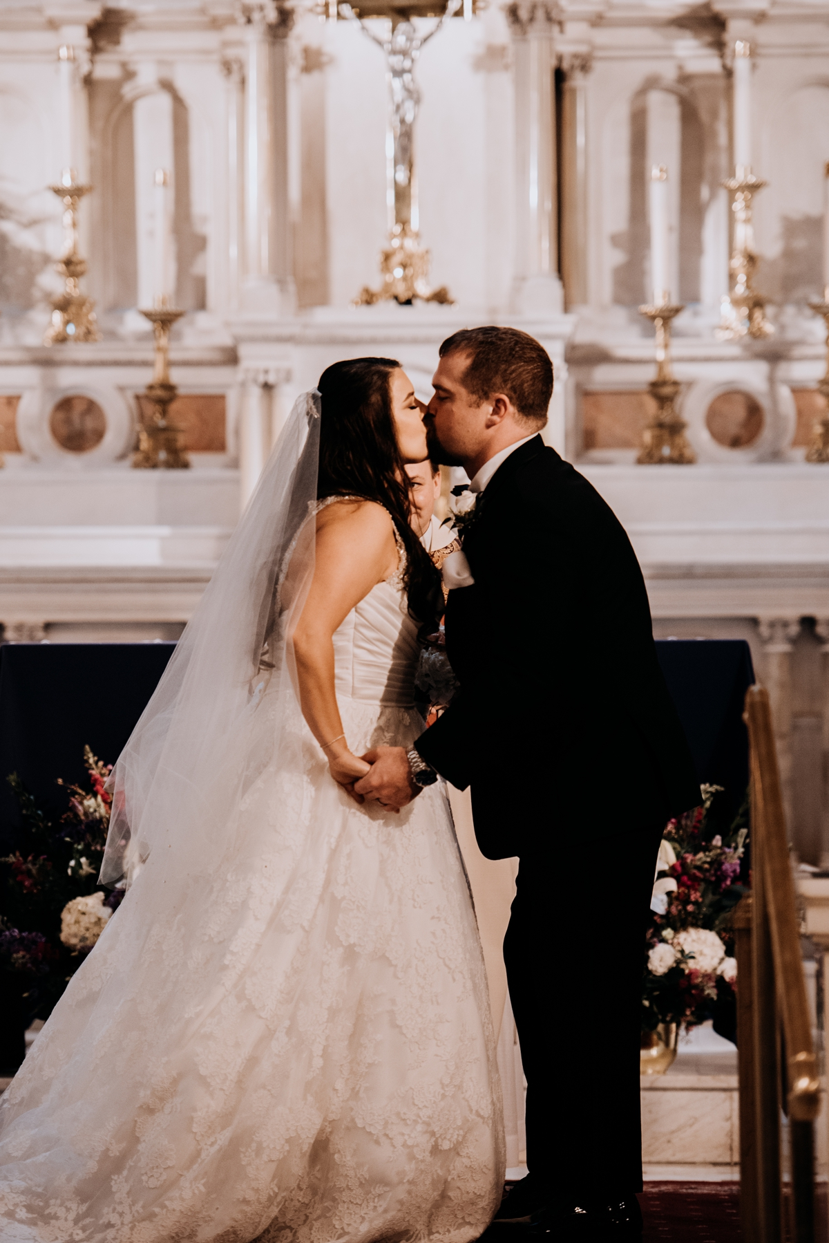 Angela and Blake's Luxury Cescaphe Ballroom Wedding | www.aprillynndesigns.com